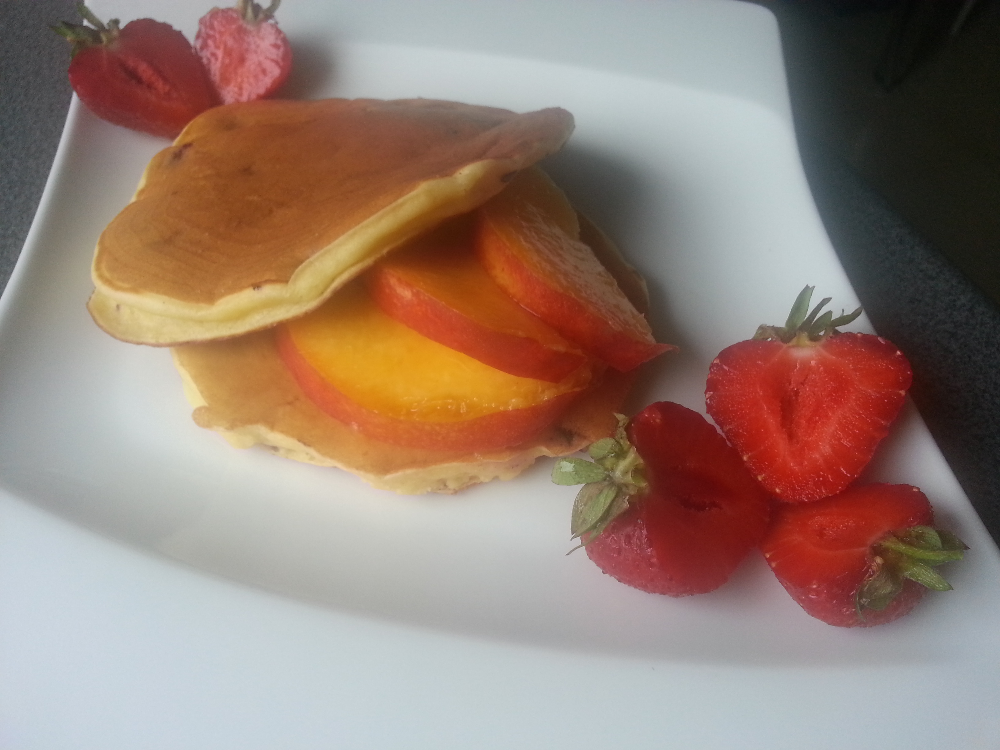 Jogurtowe pancakes z jagodami