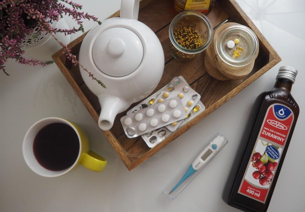 herbata z miodem i malinami - dieta podczas przeziębienia