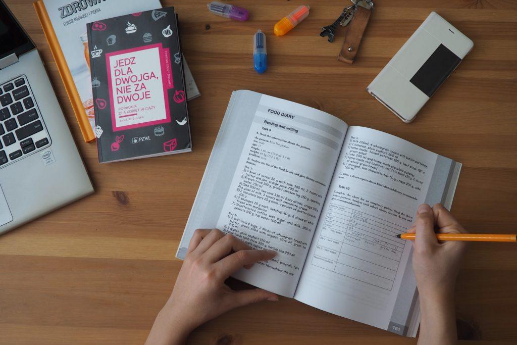 English for dietetics - recenzja podręcznika do nauki angielskiego dla dietetyków