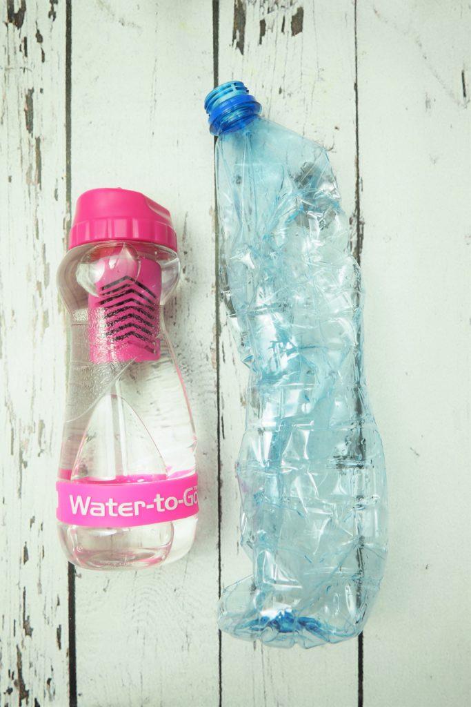 water to go vs woda ze sklepu
