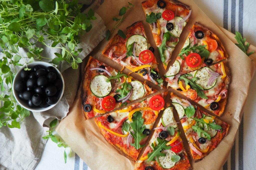 Pizza z batata i mąki owsianej