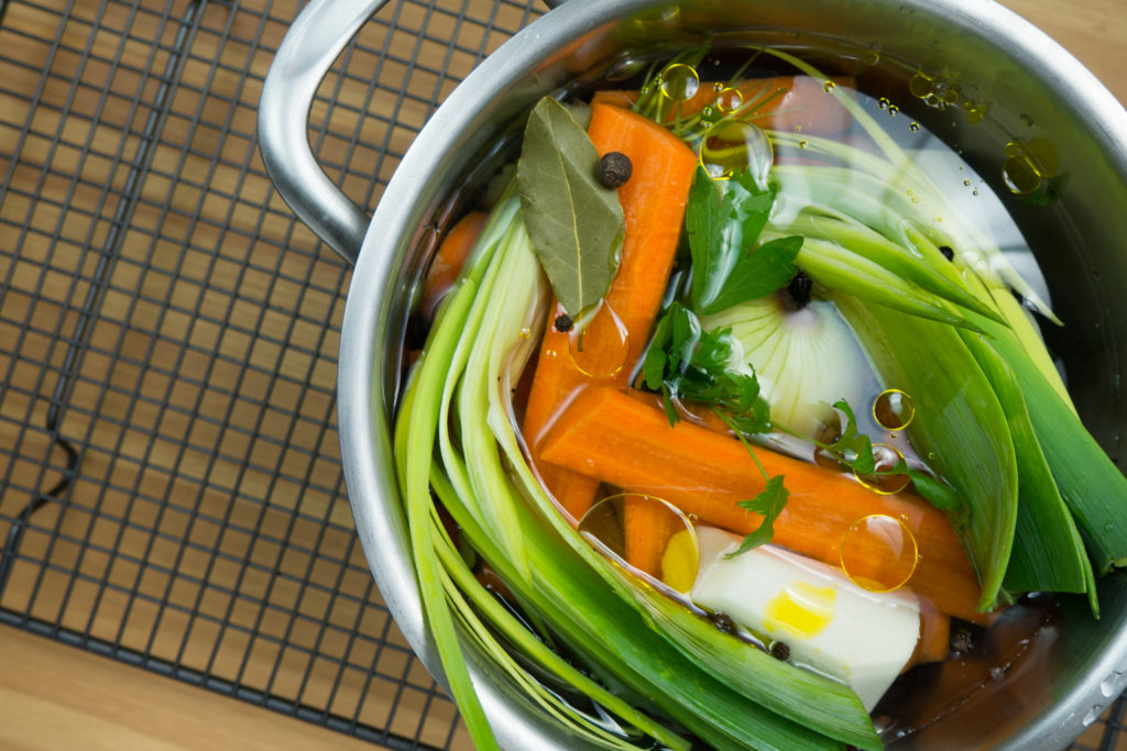 bulion warzywny - baza do niemal każdej dobrej zupy