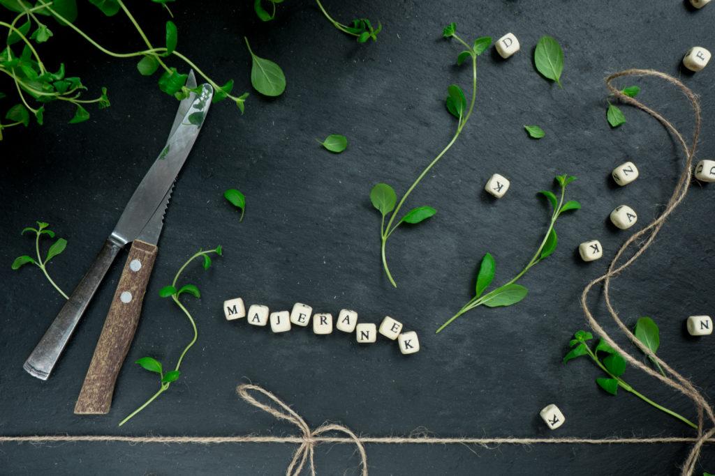 majeranek to bardzo popularna przyprawa w kuchni polskiej, niemieckiej i francuskiej