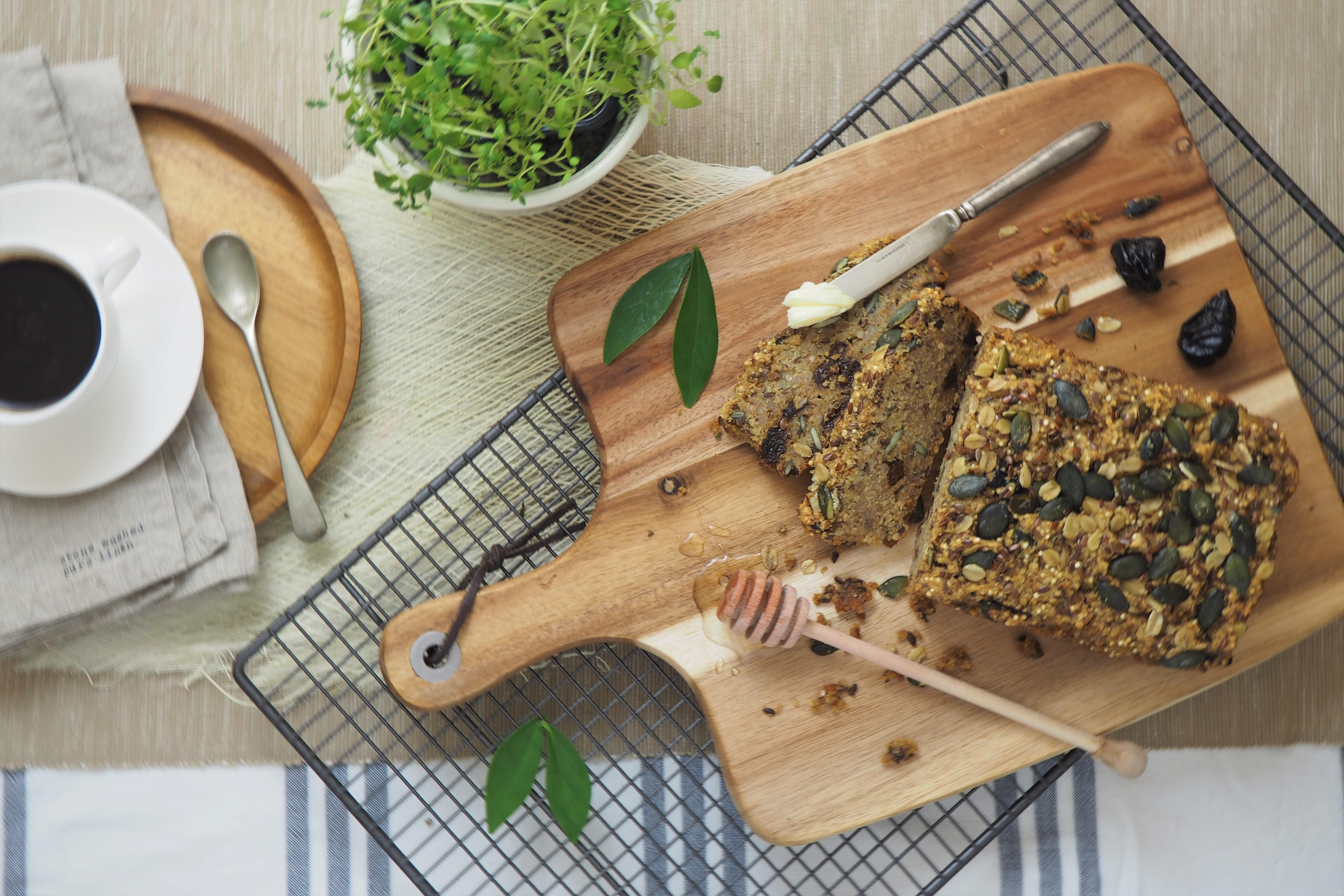 Bezglutenowy chleb z komosy ryżowej i gryki