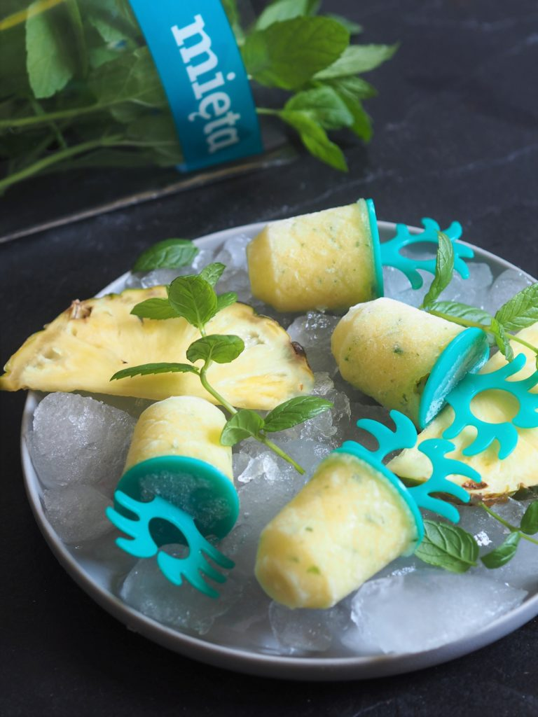 sorbet ananasowy z miętą