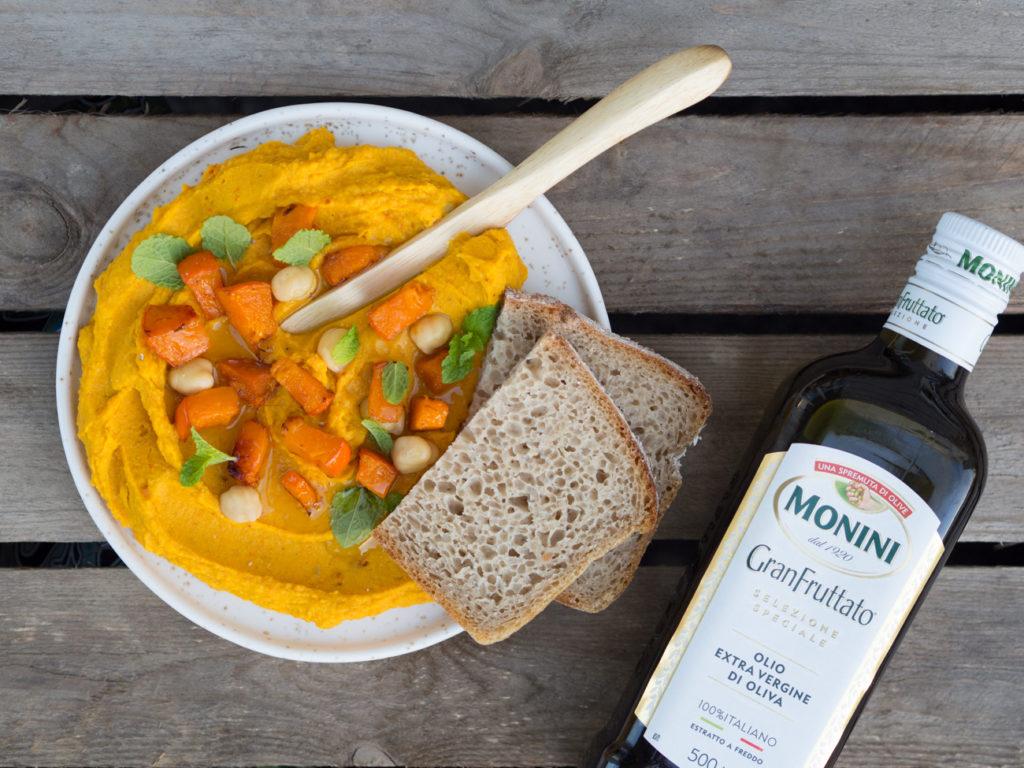 Dieta na masę Hummus z masłem orzechowym i oliwą