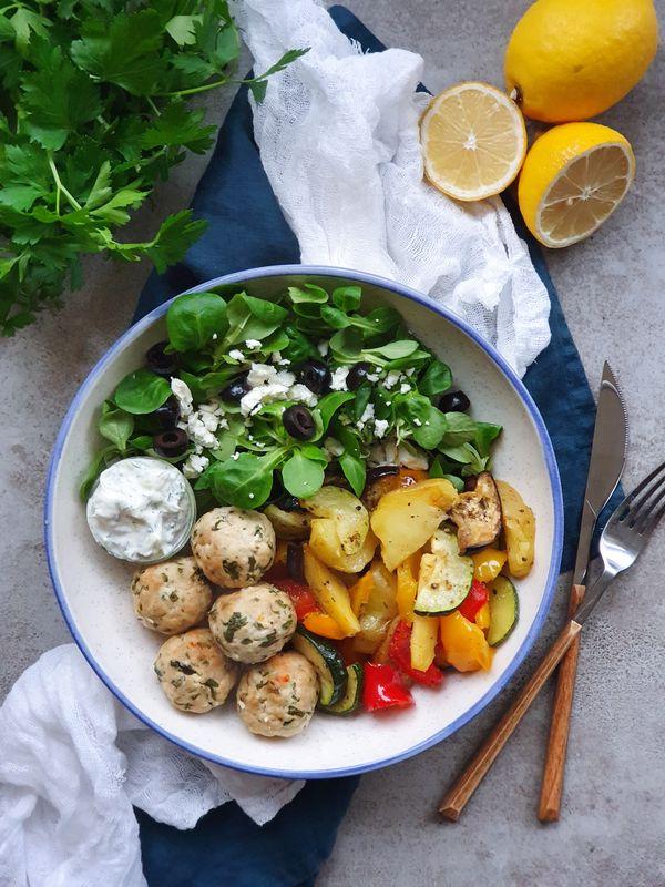 kuchnia grecka klopsiki z pieczonymi warzywami
