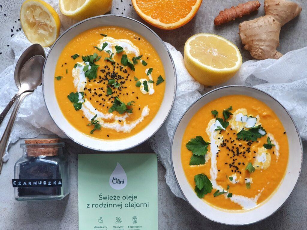 zupa krem z marchewki, z imbirem, pomarańczą i mleczkiem kokosowym